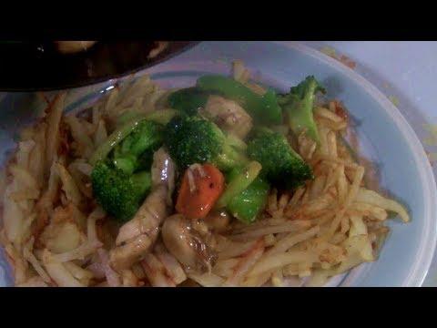 Chicken Stir Fry With Veggies In A Potato Bird's Nest  (Chicken Chop Suey In A Potato Basket)