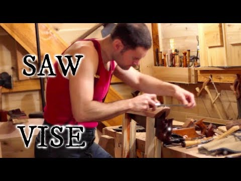WOODEN SAW VISE