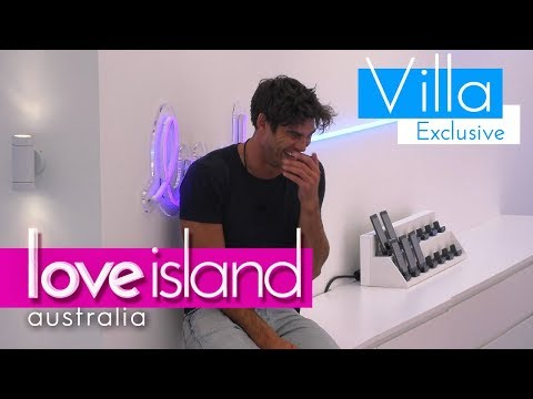 Justin pushes Tayla   Love Island Australia 2018