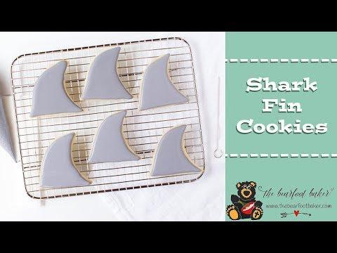 How to Make Shark Fin Cookies | The Bearfoot Baker