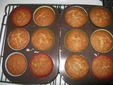 Cupcakes with Olive oil / Muffins-Cupcake à l'huile d'olive كعك بزيت الزيتون