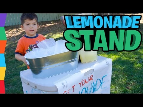 Lemonade Stand: ToyRap Ben Sells Lemonade and Popcorn to Raise Money for His School