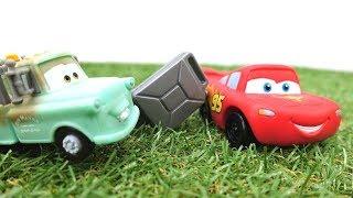McQueen braucht Hilfe! Video mit Disney Cars