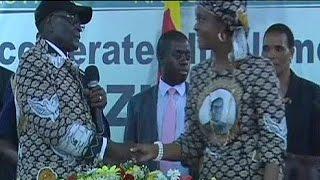 "#x202b;زيمبابوي:الرئيس موغابي يقيل نائبته ""موجورو""وثمانية وزراء#x202c;lrm;"