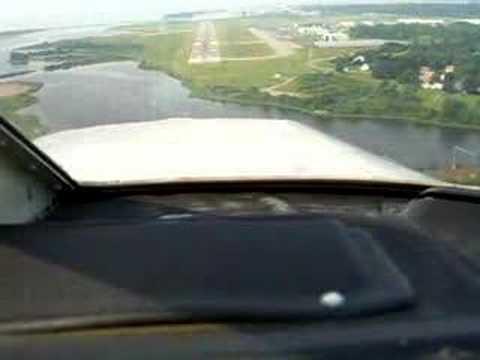 Landing at Groton (GON) Runway 23