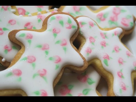 How to make vintage rose cookies with royal icing