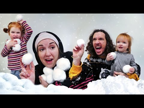 Xxx Mp4 Indoor SNOWBALL FiGHT 💭💭💭💭 Adley And Mom VS Niko And Dad Boys Vs Girls Family Challenge 3gp Sex