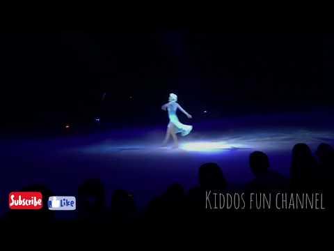 Disney on Ice 2018 / Elsa sings Let it go