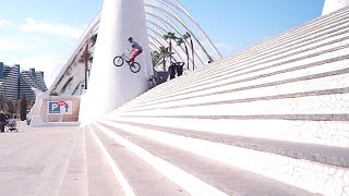 30 RIDERS / ONE CITY - VALENCIA AWAKES | DIG BMX