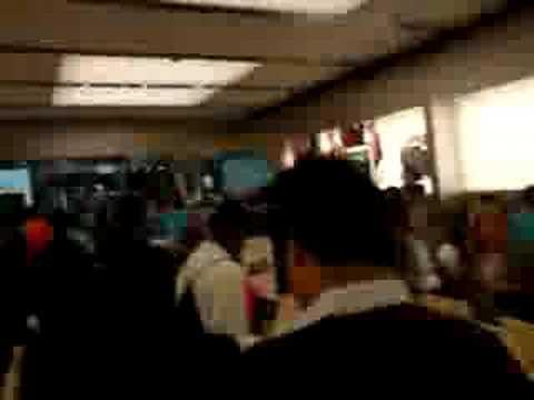 Apple Store, Highcross - Grand opening! Inside the store!