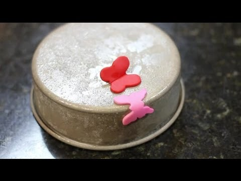 How to Make Fondant Butterflies : Fondant Techniques