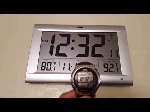 Atomic watch,atomic clock synchronized movement.