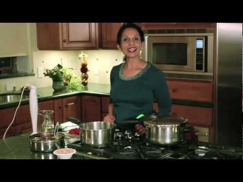 How to Make Chana Masala/Chhole (Chick Pea Curry)