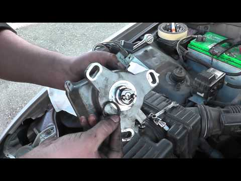 Distributor O-Ring replacement on Acura. By: Victor A.