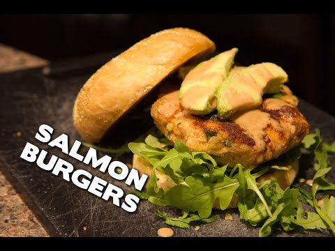 Quick and Easy Grilled Salmon Burgers
