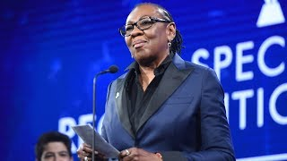 Ms. Gloria Carter accepts Special Recognition Award | 29th Annual GLAAD Media Awards