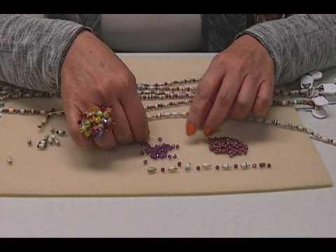 Paper Bead Torsade Necklace.wmv