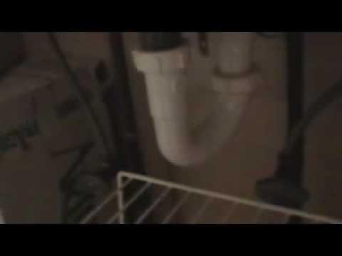 Unclogging a blocked sink