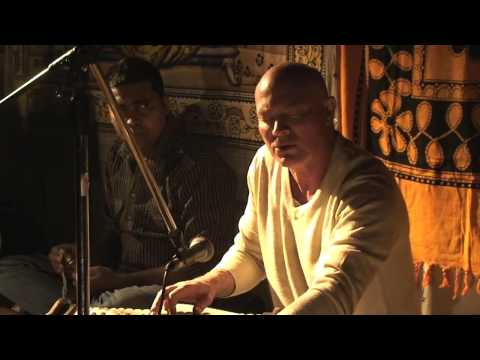 Grant Macredie 'Om Namah Shivaya' - LIVE