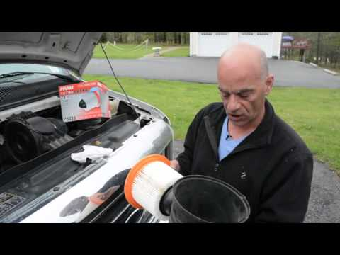 How to change your car's air filter in under five minutes