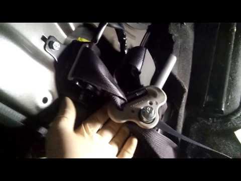 Fixing Tangled up Seat Belt (2014 Nissan Sentra)