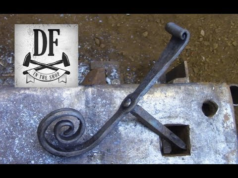 Blacksmithing For Beginners - Shutter Dog