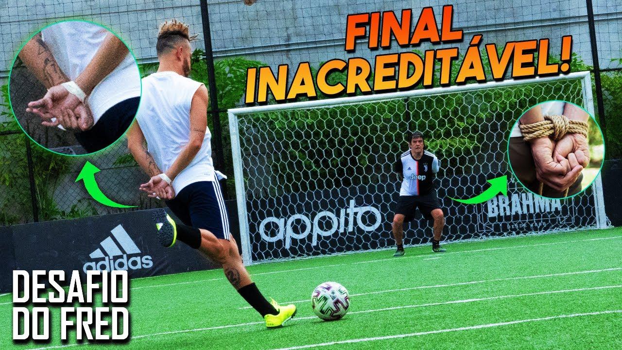 Gol a gol com a mão amarrada!