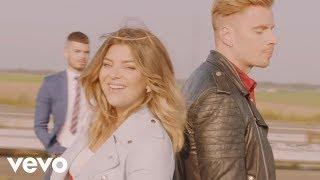 Caroline Costa - Maintenant (Clip Officiel) ft. Nico Lilliu