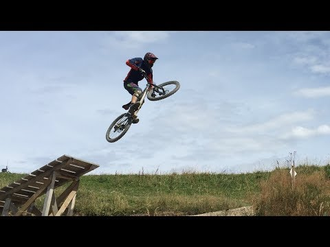 Best Jump Line EVER?? - Bikepark Les Gets 2017 - Top To Bottom