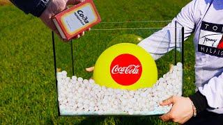 Experiment Giant Balloons of Coca Cola VS Mentos