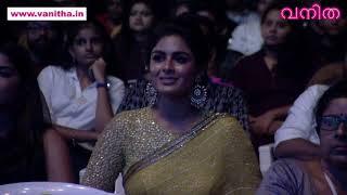 അപ്പൊഴേ പറഞ്ഞതാ... ൈതക്കുടം ബ്രിഡ്ജ്ജിലെ അച്ഛൻ എന്നാ എനർജിയാന്നേ Vanitha Film Awards 2019 Part 9