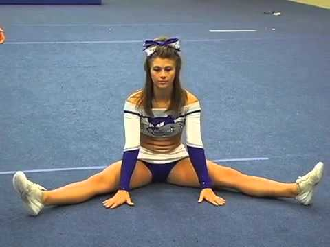 Cheerleading  How to Do a Toe Touch