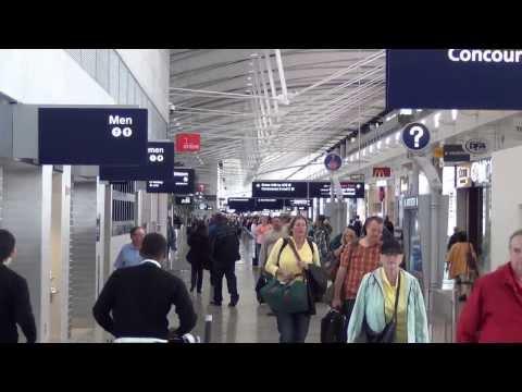 A Tour of Detroit Metropolitan Airport's Mile-Long Terminal A (September 2013)