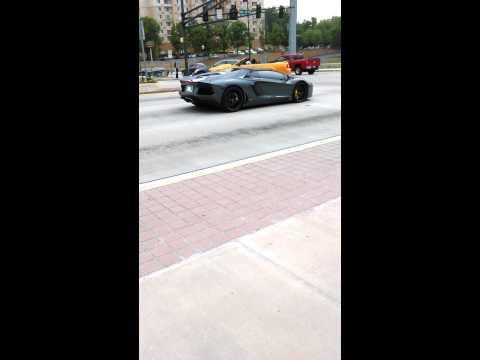 Lamborghini show out in atlanta Traffic