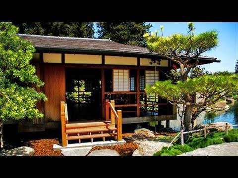 Traditional Japanese House + Garden | Japan Interior Design