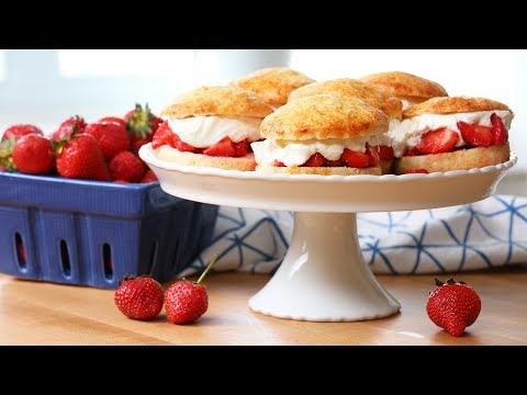EASY Strawberry Shortcake | Tastes of Summer
