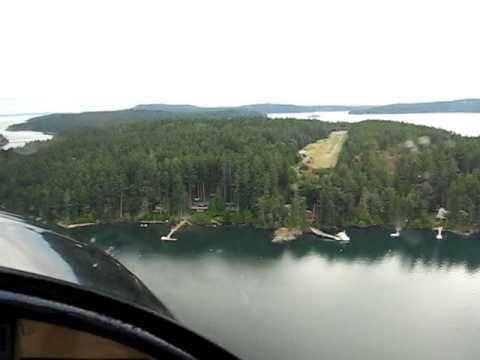 Landing at Center Island, Washington in Carrie and Jay's RV-12