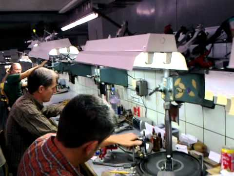 Belgium: Antwerp: Diamond Cutting and Polishing Factory - Ideal Cut: