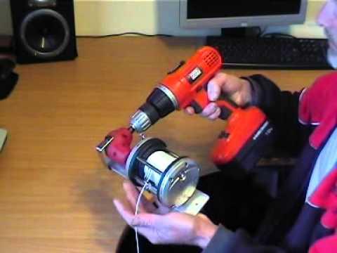 Zoom22 Hand Held Lure Machine