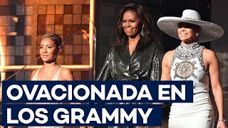 """Download Michelle Obama, ovacionada en los Grammy: """"La música nos ayuda a compartir″ Video"""