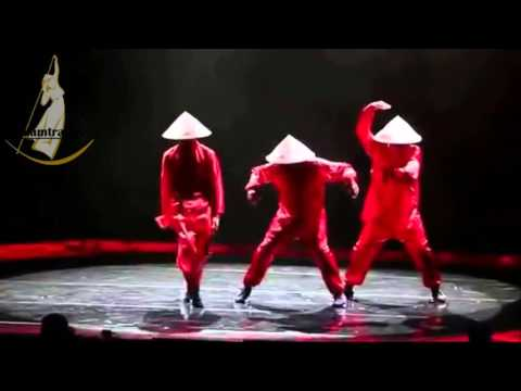 vietnamese conical leaf hat dance