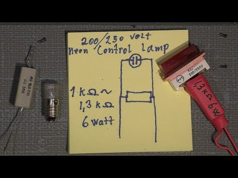 How to discharge the flash capacitor in a camera or a flash