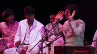Talat Aziz and Sonu Nigam duet