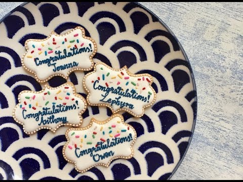 How to write using Royal Icing : 'Congratulations🎊' Cookie Demo + Tips