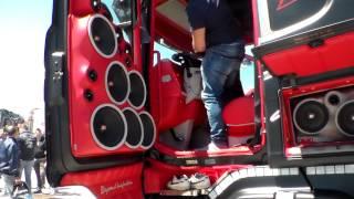 Scania Absolute F.lli Acconcia (impianto stereo) parte 2 (HD)