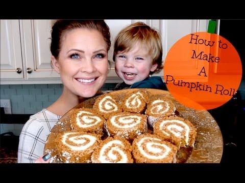 How To Make A Pumpkin Roll!!