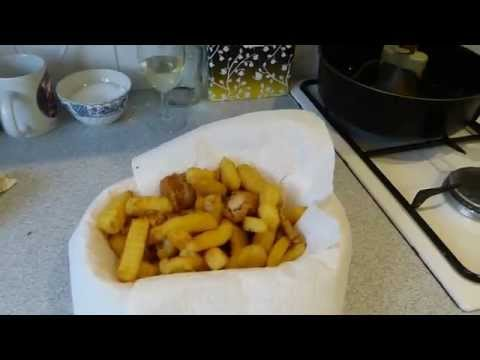 How to cook the best chips ever, in a Tefal Actifry Cooker.