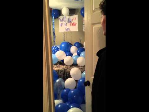 BEST WAY TO ASK DATE TO HOMECOMING, TWIRP OR PROM. USE HUNDREDS AND HUNDREDS BALLOONS!!!!