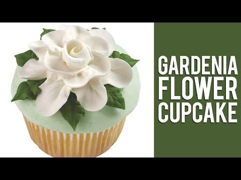How to Make Buttercream Gardenia Flowers