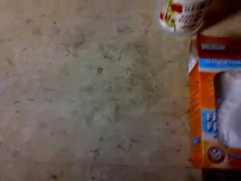 How to remove high traffic dirt off floors without the use of chemicals with baking soda and vinegar